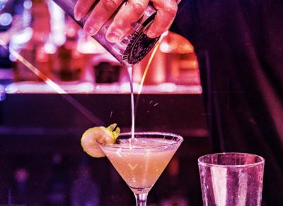 Bar Louie Events