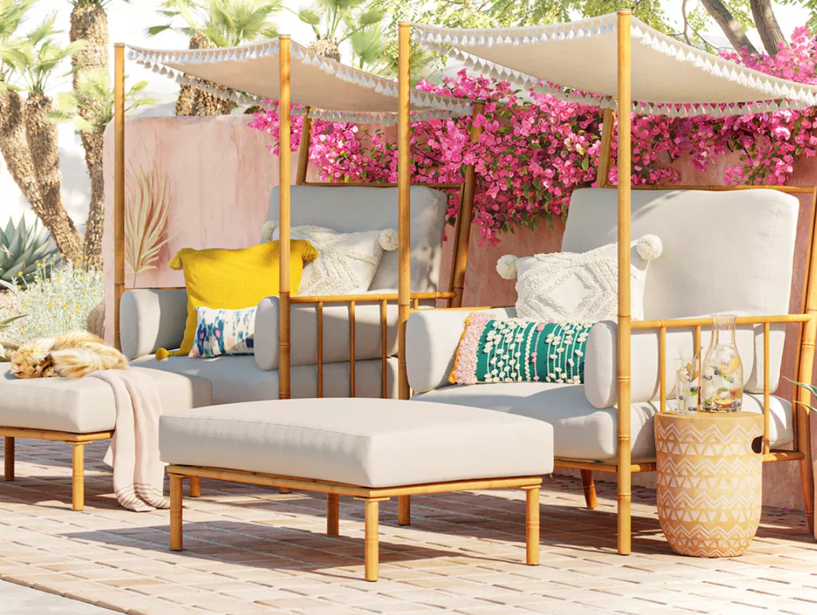 Dress Up Your Spring Patio Space!