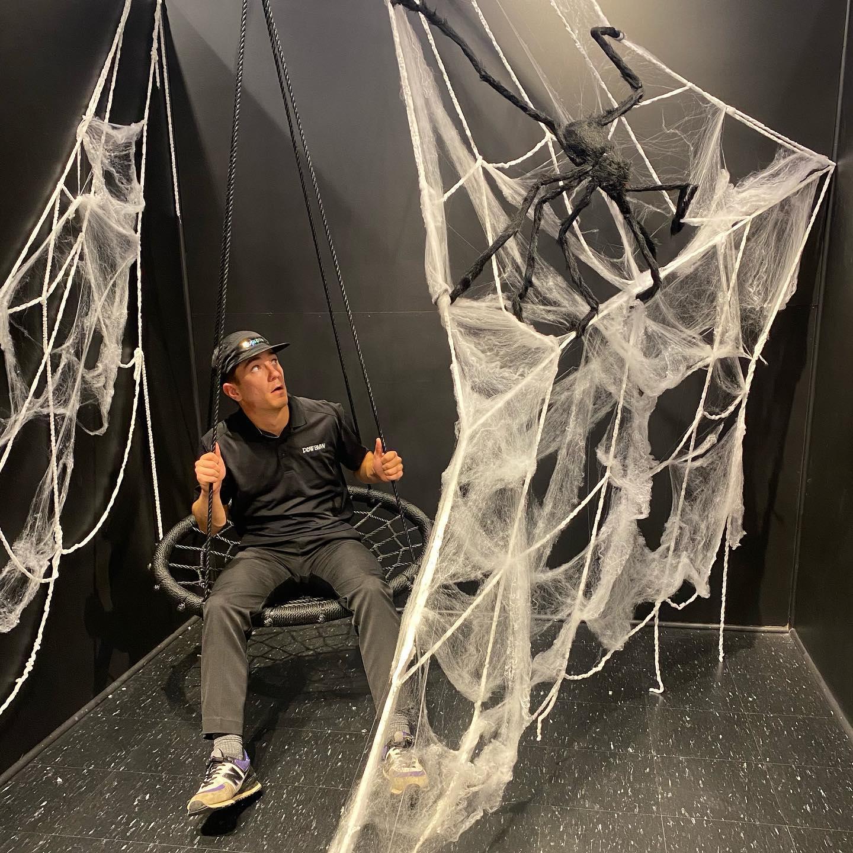 Simply Social Spider Web